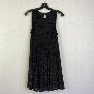 TORRID Sleeveless Floral Embroidered Dress